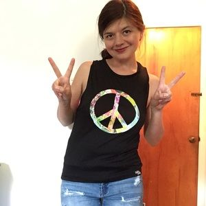 🌻✌️New Abstract Peace Muscle Tank top